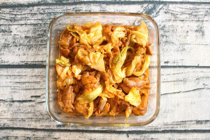 本場、韓国の味が手軽に楽しめるチーズタッカルビ。本格的なのに時短で、忙しい人のお助けメニューとしてもおすすめです。ご飯にもお酒にも合う、うれしいひと皿。ぜひ、食卓の定番にしてみませんか?
