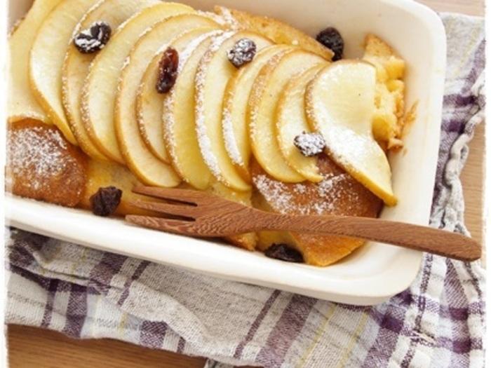 爽やかな甘みが広がるりんごのパンプディング。とっても簡単なのに、美味しくて見た目にも綺麗なデザートの出来上がり。