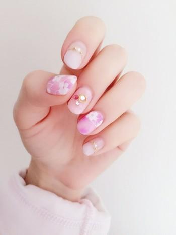 指先にやさしい春をまとって*ほんのり甘い「ピンクネイル」を楽しもう♪