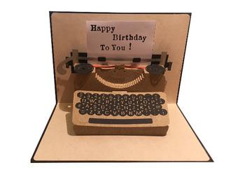 タイプライターなら、簡単に好きな文字に変えることが可能です。様々なメッセージをおしゃれに伝えることができるので、ぜひ真似したいアイデア♪