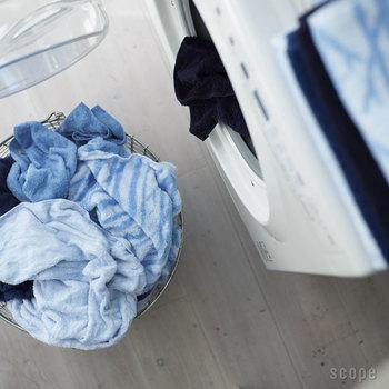 """でも、バスタオルにこだわるからこそ直面するのが、洗濯を繰り返すうちに生まれる""""ゴワゴワ感""""。せっかく良い物を選んでも、手触りがすぐに悪くなってしまったら意味がないですよね。"""