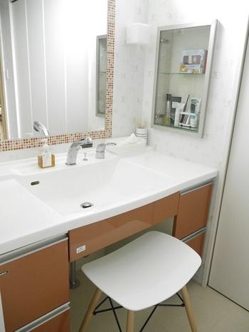 次は洗面台。  お客様も使う場所なので、可能なら常にきれいにしておきたいところですよね。  こちらもうまく習慣付けしてピカピカを保ちましょう。