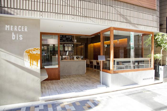 恵比寿駅の東口から7分ぐらい歩いたところにある「マーサー ビス エビス」は、テレビや雑誌にもたびたび登場するシフォンケーキの専門店です。