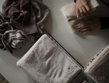 落ち着いたベージュ系も「house towel」の人気カラーです。何色か揃えて、季節によって使い分けるのも楽しそうですね。