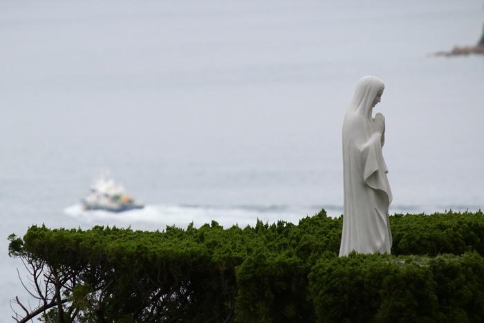 海・島・信仰。長崎が独自に守り育んできたキリシタン信仰文化と、キリスト教伝来以前よりそこに建立している神社仏閣が共存する姿。神秘的で平和な街・長崎をぜひ1度、訪れてみてください。