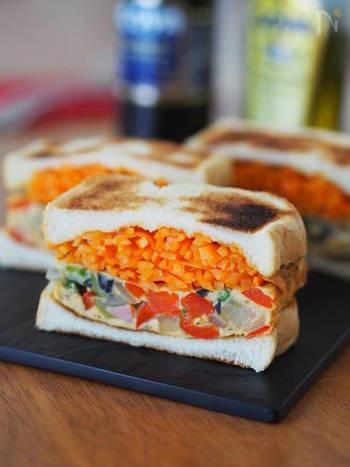 ランチにおすすめ!食べ応え満点のボリューム『サンドイッチ』レシピ