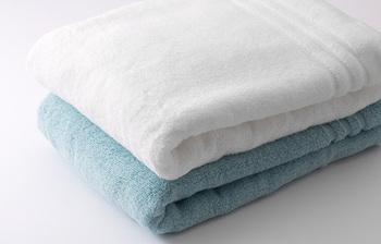 花粉症の方におすすめのタオルがこちら、花粉のタンパク質を分解してくれるハイドロ銀チタンのタオルです。