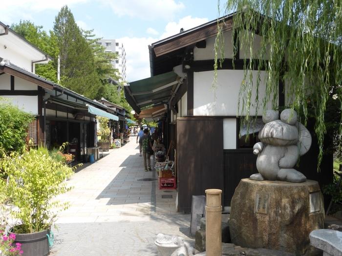 趣のある町並みなど人気観光スポットである松本市は、長野県の中信地方に位置しています。