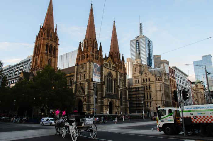 オーストラリア第二の都市「メルボルン」をご存知でしょうか?大陸では最南に位置し、オーストラリア本土で最も小さい州にありながら「世界で最も住みやすい都市」に7年連続で選ばれています。