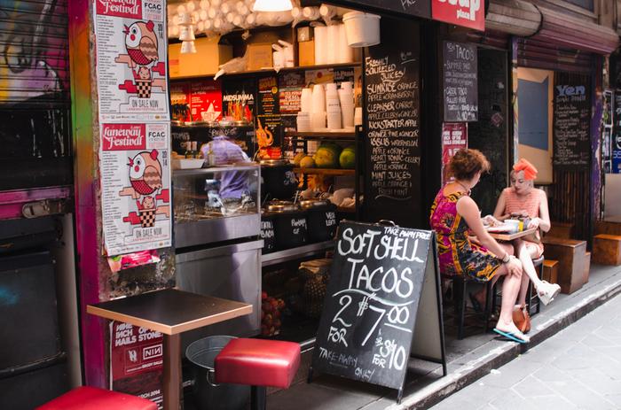 観光の休憩やモーニングに、本格的なコーヒーをおしゃれカフェで楽しんでみるのはいかがでしょうか?