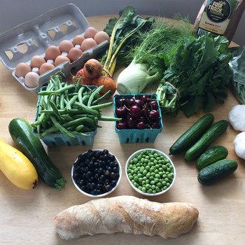 あなたは普段、どんなところで野菜を買っていますか? スーパー? 八百屋さん? 宅配サービス? きっと「野菜」を買うためだけに電車に乗ってでかけることはあまりないかもしれません。