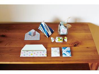折り紙のように折ってオブジェにするのもいいですし、お気に入りの1枚を選んで写真立てに入れて飾れば、リサ・ラーソンの絵画を飾っている雰囲気も楽しめますよ♪