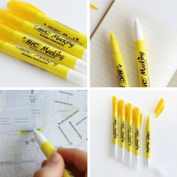 最近はこすって消せるボールペンが流行っていますが、こちらは両側にペンがある作りになっていて、蛍光マーカーで塗った箇所を、もう一方にある特殊なインクでなぞると、あら不思議!キレイに消すことができるんですよ♪地図に目的地までの経路や雑誌の行きたいお店をマークして、行ったら消すという使い方もよいかもしれません。