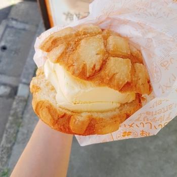 鬼子母神前周辺の美味しいお店といえばこちら♪停留場前の「アルテリア・ベーカリー」です。食べやすいパンは食べ歩きにもピッタリですね。