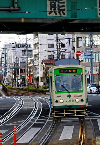 熊野前停留場では、舎人ライナーに乗り換えができます。