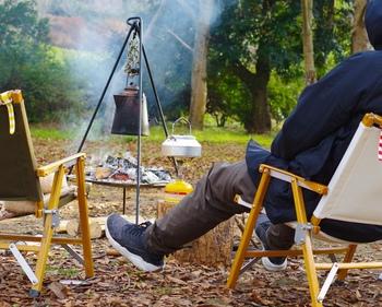 デイキャンプは、気楽に手軽に楽しめて、自然と身近でいられる時間をもたらしてくれます。お気に入りの場所でくつろいで、心もカラダもオープンにして、ぜひデイキャンプを楽しんでみてください。
