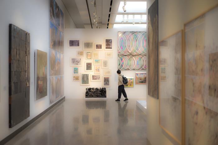 合計7室の展示室を有しており、近代美術・現代美術のさまざまなイベントが行われています。近年は、新進気鋭の若手作家を紹介する企画も増えてきました。