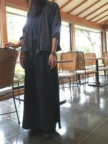 いかがでしたか?クローゼットに揃えておけば、毎年着こなせるアイテムばかりですよね。ヂェン先生の日常着を取り入れて、快適な着こなしのコーディネートを楽しんでください。
