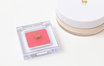 唇・頬、両方に使用することができるので、これがあれば簡単に統一感のあるピンクメイクがつくれます。