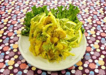 あさりがかき揚げに!海の味がふんわりと広がるあさりと水菜のかき揚げはおもてなしにもよさそうですね。