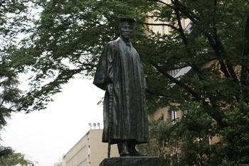 早稲田大学にある大隈重信像の作者、朝倉文夫をご存知ですか?