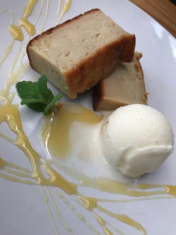 定番スイーツは『カボチャのクリームケーキ』『自家製アイスクリーム』など。