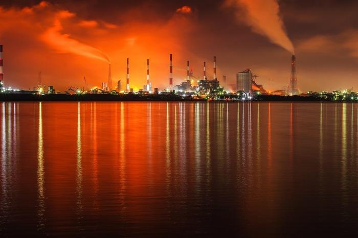 水島コンビナートでの工場夜景の美しさは傑出しており、「夜景100選」にも選定されているほどです。