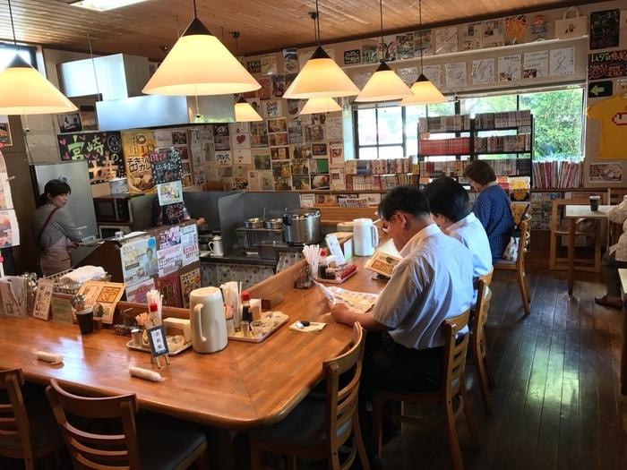 「カレー倶楽部ルウ 都城本店」は宮崎県都城市で話題のカレー店です。東京や大阪にも店舗を構えていますが、本店は開店前から行列ができるほどの人気ぶり!