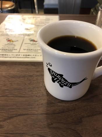 コーヒーは種類豊富で、テイクアウトも可能!桜の下でコーヒーを片手にゆったり過ごすのもいいですね♪