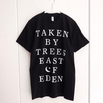 また、ロゴTシャツは書体によってイメージが変わります。こちらは、スウェーデンの女性ミュージシャンのアルバム『East Of Eden』をモチーフに作られたものです。