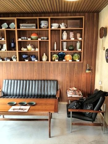 店内は、北欧家具や北欧雑貨が飾られていて、とてもオシャレで居心地のいい空間が広がっています。オシャレな空間で過ごせるのはうれしいですね。