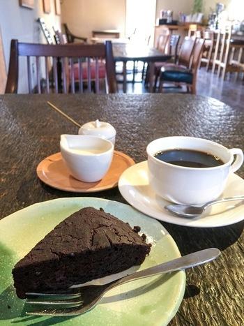 『米粉のチョコケーキ』。