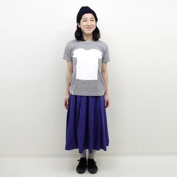 デザインTシャツは、色・トーン・テイストを意識してコーディネートすることで、着こなしのバリエーションがぐんと広がります。今回の記事を参考に、自由にいろいろと楽しんでみてくださいね。