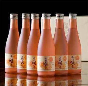 ジャパニーズシャンパンと謳われるスパークリング日本酒。 繊細な泡とまろやかな滋味に女性ファンも多数!