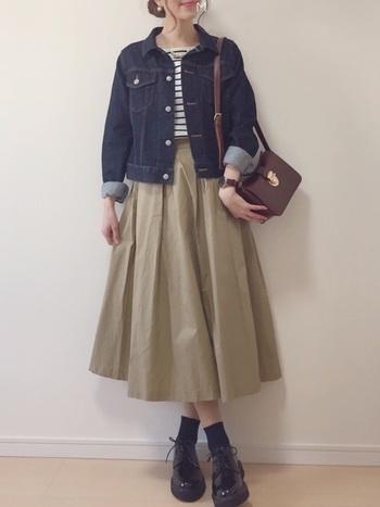 ふわりと女性らしく◎体型カバーもしてくれる〈デザイン別〉ロングスカート・コーデ集