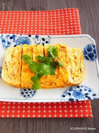 ねぎとかにカマをいれて食べごたえを増した卵焼きです。ふんわりとした仕上がりで、冷めても美味しいのでお弁当にもぴったりです。