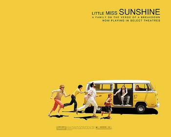 数々の映画賞を受賞し、批評家からも絶賛された名作「リトル・ミス・サンシャイン」。オリーヴ役のアビゲイル・ブレスリンは、10歳でアカデミー賞にノミネートされました。少しぽっちゃりとした女の子・オリーヴは、夢だった美少女コンテスト「リトルミスサンシャイン」の予選を通過し、家族全員でコンテスト会場を目指して旅に出るのだが、その道中はトラブル続きで…。
