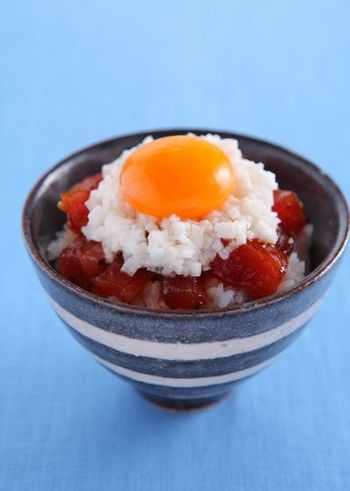マグロとラー油のコンビレシピ。いつものマグロ丼にひと工夫アレンジを加えたい時にもおすすめです。