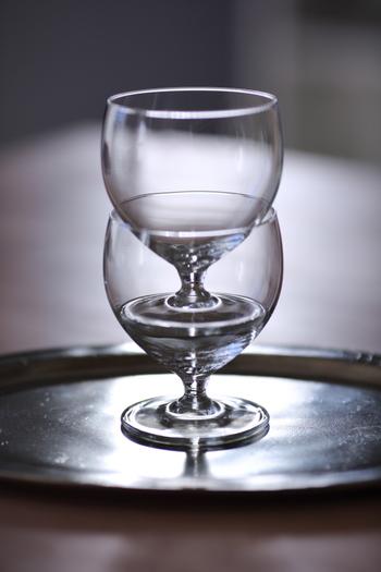 スタッキングできるかできないかは収納に大きく影響します。数を揃えたいグラス類はやっぱり場所をとってしまうもの。スタッキングで小スペースを有効活用したいですね。