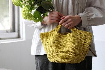 バッグはおしゃれの脇役ではありません。凝ったデザインのものを選べば、おしゃれの主役になること間違いなしでしょう。この春夏は、バッグを上手に使っておしゃれをグレードアップさせてみませんか?