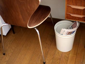 ゴミ箱として使うほか、ちょっとした雑誌や新聞などの仮置き場としても使えそう。