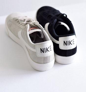 ヒールにあしらわれたNIKEのブランドネーム。どことなくレトロな雰囲気が可愛い♪