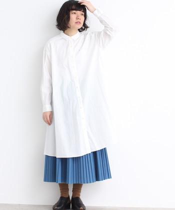 さらりとした着心地と、ハリのある素材感が魅力のシャツワンピース。スッキリしたシルエットが素敵です◎。パンツやスカートと重ねたり、1枚で着たり、羽織りとして使ったりといろいろな着こなしが楽しめます。