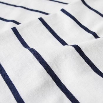 質の良い綿を作る条件を満たした、ペルーのアンデス山脈でのみ栽培される希少価値の高いピマ・コットン(ペルー綿)を使用。シルクのような品の良い光沢感があります。