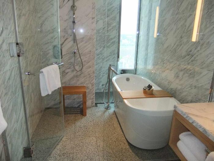 お風呂でのんびり……は、旅先の疲れをじっくりと癒してくれますよね。  バスタイムに役立つアイテムをご紹介します。