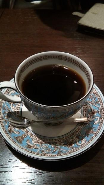 低温で焙煎することにより、新鮮で酸化しにくいコーヒー豆に仕上がり、胃もたれしない体に良いコーヒーができるそうですよ♪