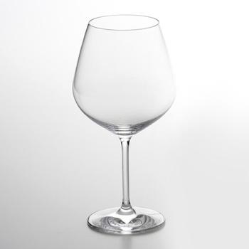 世界的なワインの名産地ブルゴーニュ。繊細で豊かな果実味を含むぶどう品種ピノ・ノワールが造られている地です。 酸味の強いブルゴーニュワインには、ぽってり膨らみのあるグラスを。空気に触れることで変化する香りと味わいを楽しんでください。