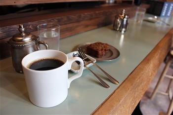 深煎りしているのに、爽やかでスッキリした味わい。尚且つ、コーヒーの旨味が感じられるコーヒーです!