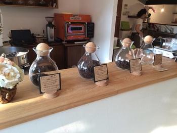 扱う豆は、グアテマラ・エルサルバドル・ニカラグア・ホンジュラス・コスタリカ・パナマ…中米6カ国のスペシャルティコーヒーの専門店です。