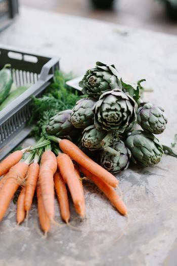 例えば、年間で180万円と試算される食事の支度。冷蔵庫の中身を見て今あるものに何かを足して夕食を作るとします。食事を作る、というのは、冷蔵庫の中を眺めて全体の計画を立てることから始まりますよね。